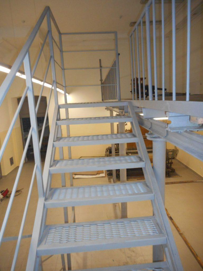 лестница металлическая, лестица на заказ