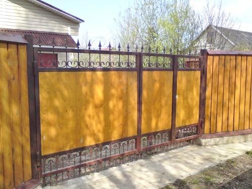ворота садовые, дачные ворота зашитые доской, дощатые ворота и заборы, дешевые деревянные ворота спб, ворота из вагонки фото